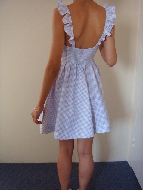 Curtain_dress_back_large
