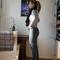 2011-02-18_dunkelgraue_jeans3_grid