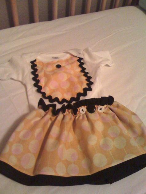 Onesie_vintage_with_skirt_large