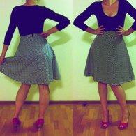 Black_and_white_skirt_listing