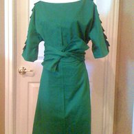 Ruffled_shoulder_in_emeral_with_long_sleeves_listing