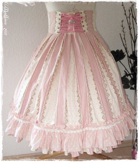 Classic / Country Lolita High-waist-skirt – Sewing Projects ...