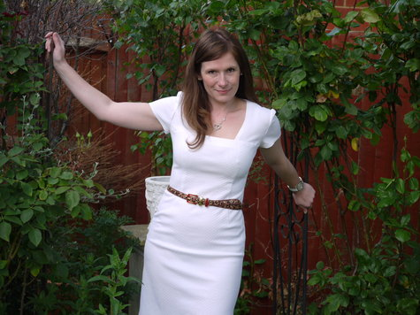 White_dress_001_large