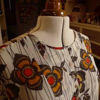 Burda_7368_neckline_listing