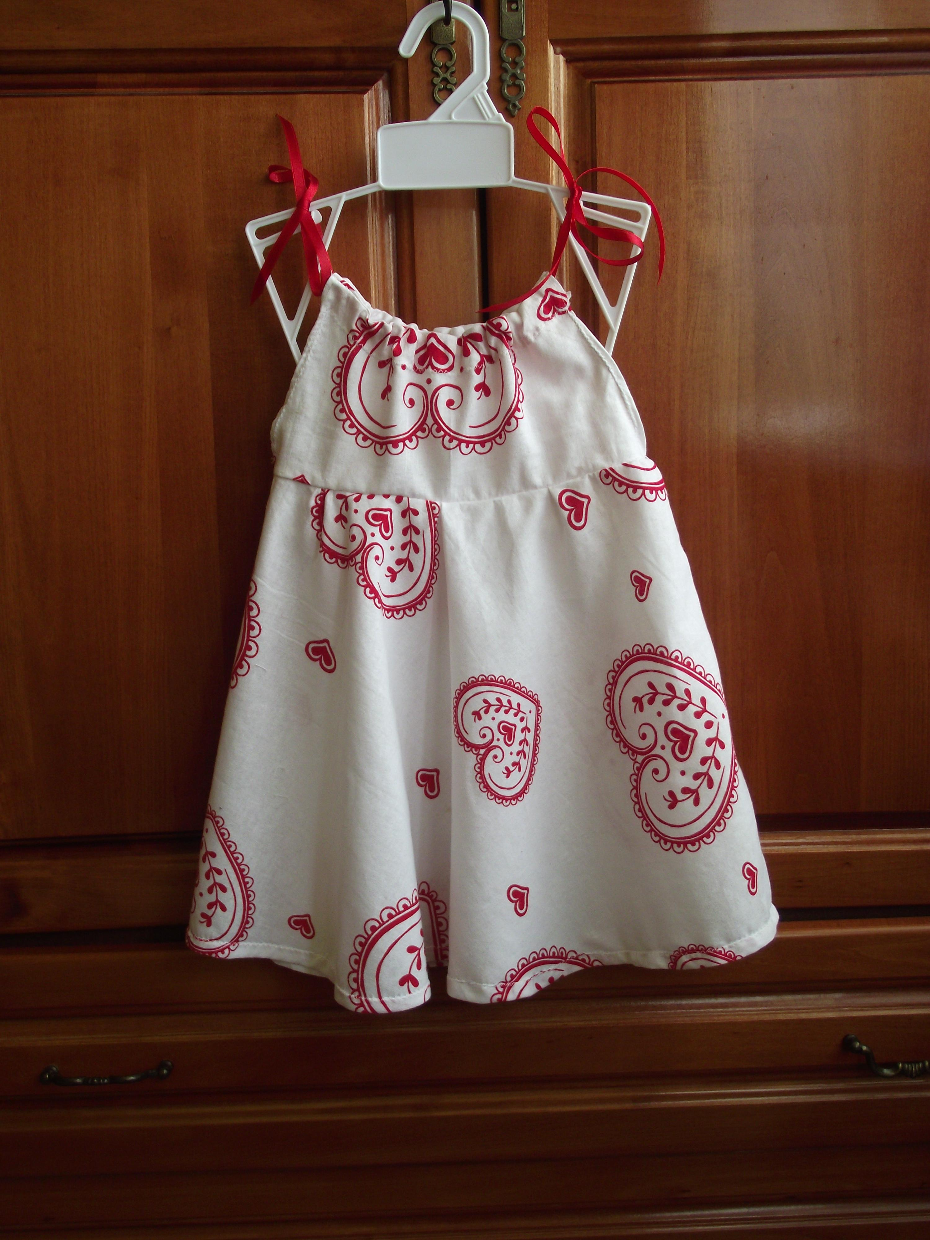 Easy Summer Dress for Little Girls - Sewing Projects