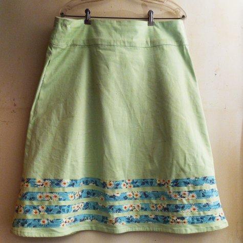 Green_skirt_2_large
