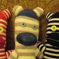 Sock_monkeys_2_listing