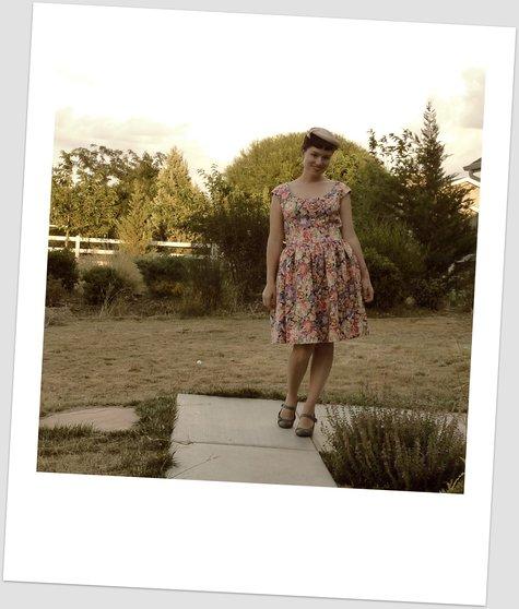 Retro_dress_1_large
