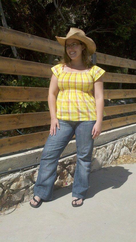 Yellow_shirt_1_small_large
