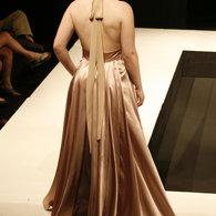 Fashionshow2011-458_listing