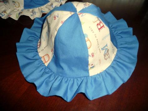 2_hats_2_large