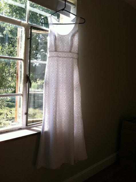 Hanging_dress_1_large