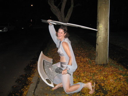 Costume_w_swords_large