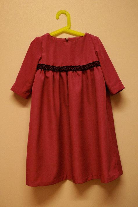 Samaria_pink_dress_hanging_large