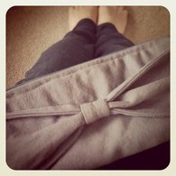Gray_bow_clutch_1_listing