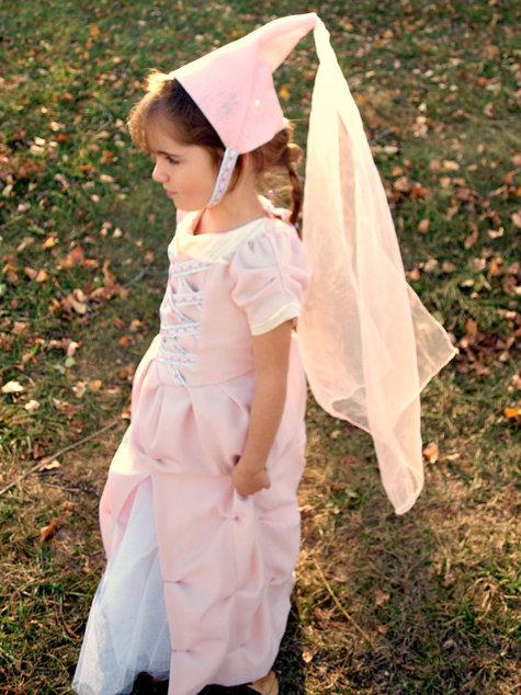 Pretty_princess_costume_-_sabrina_alery_cu4_large
