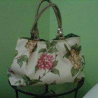 Handbag_gardenpat_crop_listing