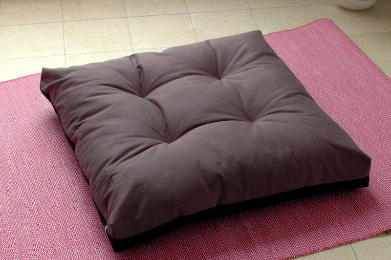 zabuton: large square floor pillow for zazen (zen meditation ...