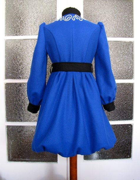 The_diva_coat_010_large
