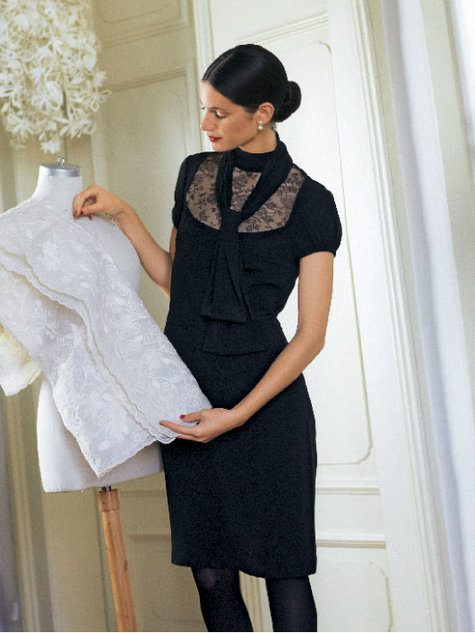 Robe_noire_modele_large