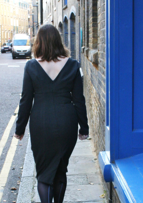 Sheath_dress_-_back_walking_large
