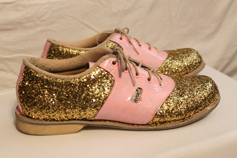 Cups_glitter_shoes_006_large
