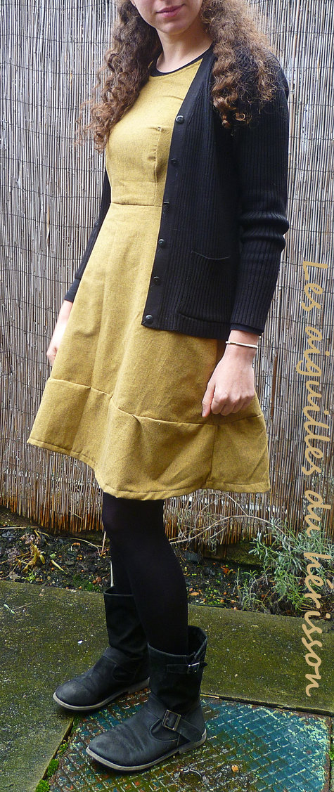 Lapins_robe_moutarde2_large