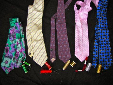Tie-necklaces_01_large