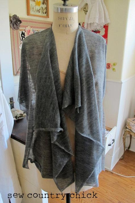 Drapesweatertute3_large
