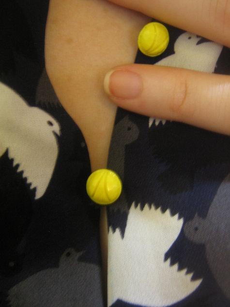 Button_detail_large