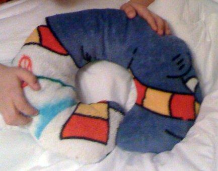 Neck_pillow2_large