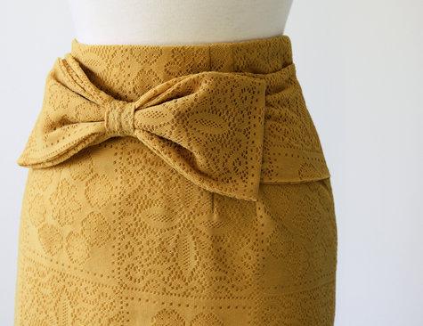 Bow_skirt1_large