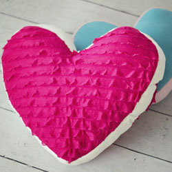Heart_pillow_gawker_large