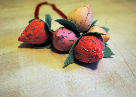 Strawberry_close_2_large