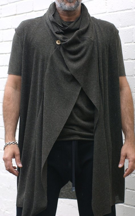 Drape_vest_and_t-shirt_by_urbandon_aw2012_3__large