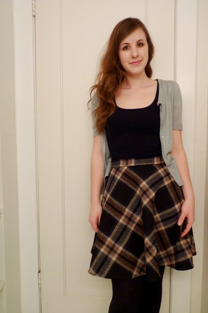 Wool_plaid_skirt_031_large