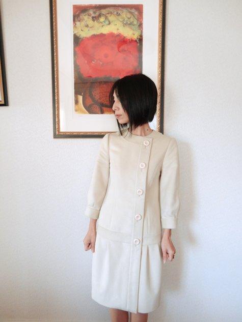 57_prada_retro_dress_02_large