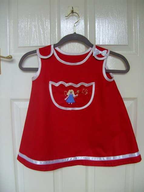 Little_red_dress_large