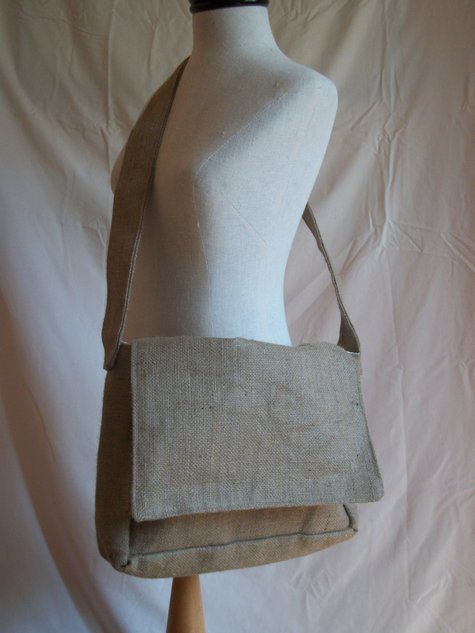 Squirrely Messenger Bag : Sewing Machine – Sewing Projects ...