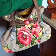 Purse_close-up_listing