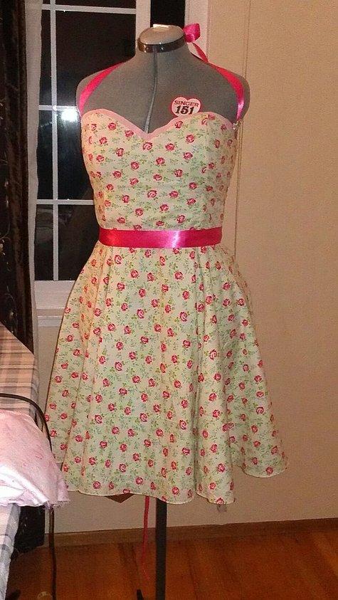 Retro_dress_large