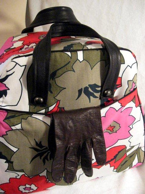 Pinkgreyfloral_bowlingbag_pocketcloseup_large