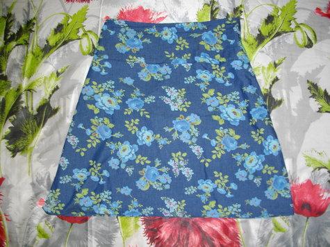 Blue_rose_skirt_large