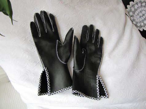 Gloves_07_large