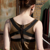 Olivdress_backdetail_listing