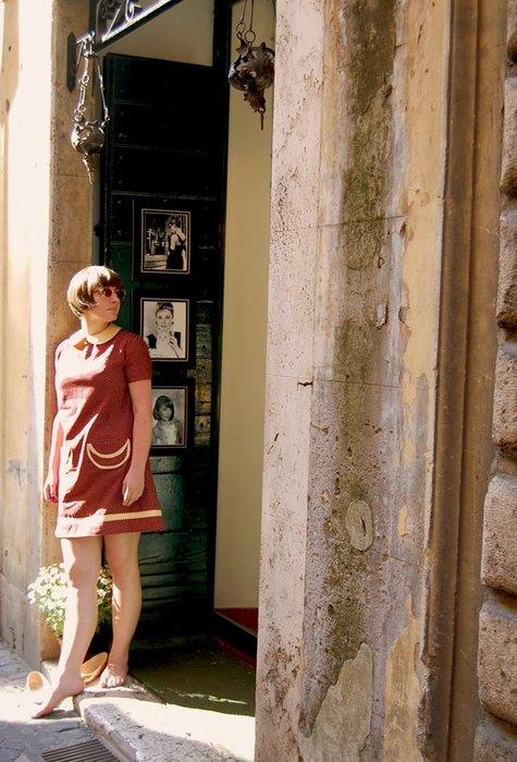 Roman_dress2_large