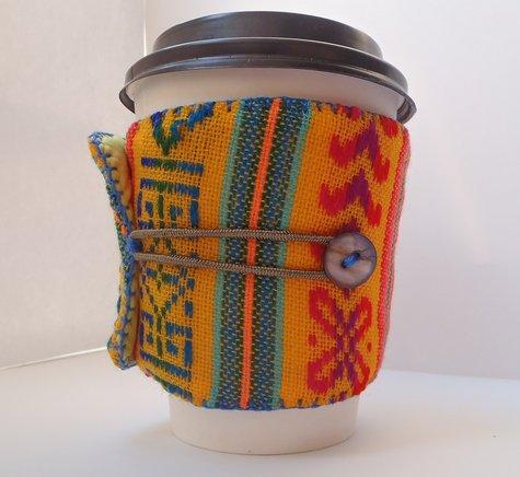 Coffee-sleeve-yellowcambaya-01_large