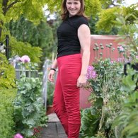 Apple_peel_leggings_-_side_view_arms_down_listing