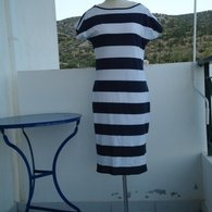 Navy_dress_front_20-6-2012_listing