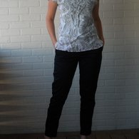 Pants_and_shirt_front_listing